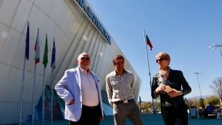 """Министър Дашева и Емил Костадинов се запознаха с """"люлката на талантите"""""""