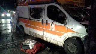 """Катастрофа с линейка и лек автомобил на столичния бул. """"Стамболийски"""""""