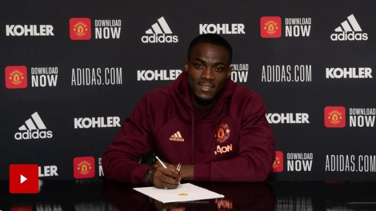 Защитник на Манчестър Юнайтед подписа нов договор