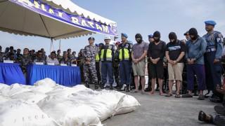 Хванаха тайвански контрабандисти на дрога