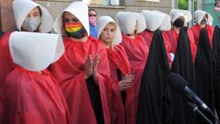 Полша обмисля излизане от Истанбулската конвенция