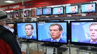 Медведев: С Обама се работи лесно, той слуша и чува