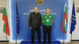 Министър Кралев се срещна със сребърния медалист от Европейското първенство по билярд Станимир Русланов