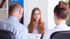 Никога не задавайте тези въпроси на първо интервю за работа