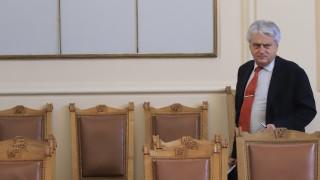 Бойко Рашков отчете завишен миграционен натиск