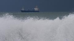 Жълт код по Черноморието заради бурен вятър