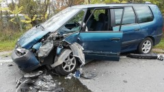 3 души пострадаха при катастрофа край Созопол