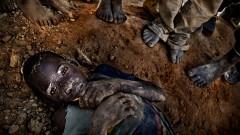 """Заради COVID кризата ни грози глад с """"библейски размери"""", твърди Дейвид Бийзли"""