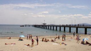 Изтеглят спасителите от бургаските плажове