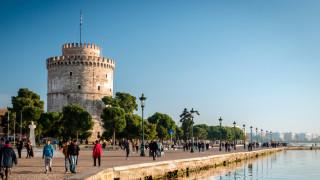 Три експлозии разтърсиха Солун