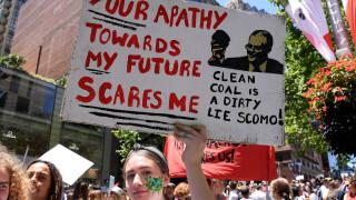 Хиляди ученици в Австралия протестират срещу климатичните промени