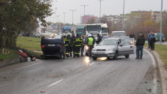 Патрулка и четири коли се удариха в Русе