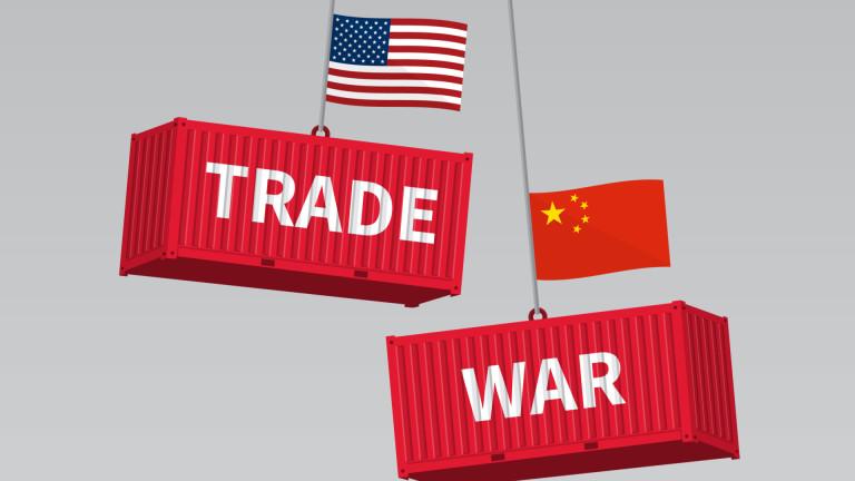 Китай обяви, че ще отвърне на удара на САЩ. На