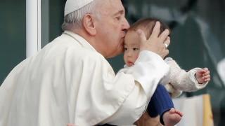 Папа Франциск: Бог ни обича, дори най-лошите от нас