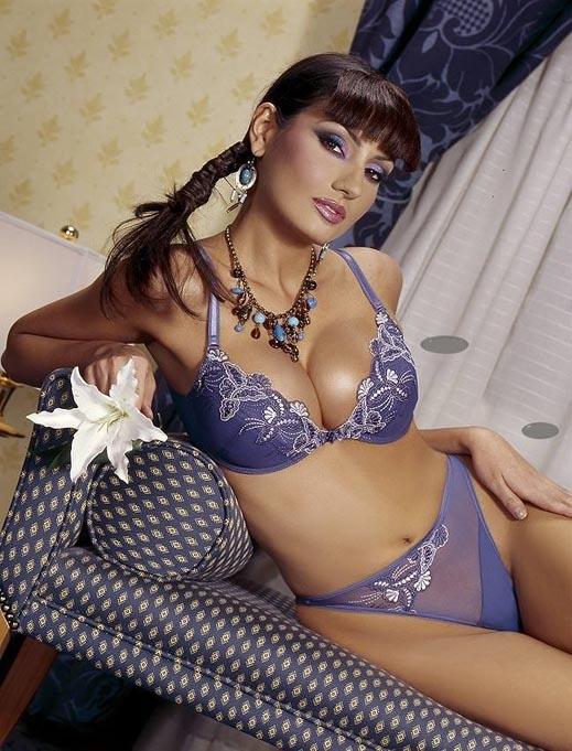 """Вижте всички носителки на """"Мис България"""" и къде са те сега"""