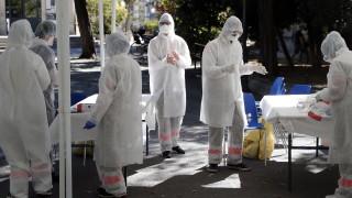 Франция прехвърли прага от 30 000 новозаразени за денонощие