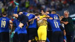 """Бляскава Италия даде заявка за титлата след нова класика на """"Олимпико"""""""