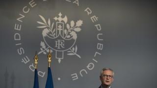 Франция очаква икономиката на страната да се свие с 8%