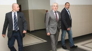 Обвиниха Местан за катастрофата и го пуснаха под гаранция