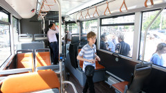 Пластики заменят хартиените карти за градски транспорт във Варна