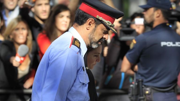 Каталуния пренебрегва решението на съда и в понеделник обявява независимост