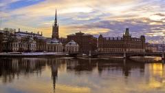 Швеция обърна гръб на парите в брой и вече дори църквата приема онлайн преводи
