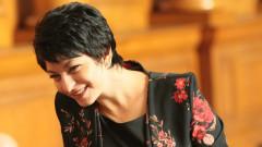 Десислава Атанасова не усеща разпад на ГЕРБ, а стабилност