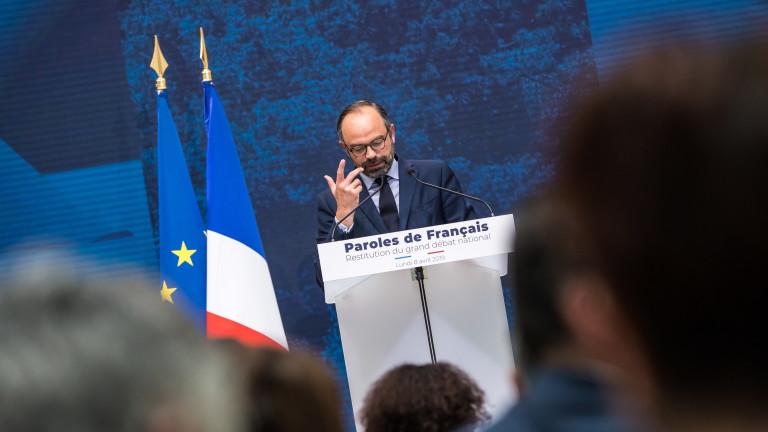 Премиерът на Франция призова за бързо приемане на данъчни съкращения