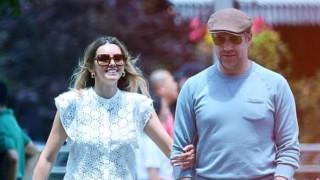 Как се развива връзката между Джейсън Съдейкис и Кийли Хейзъл
