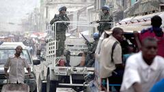 """Хаити се разбунтува срещу """"сините каски"""""""