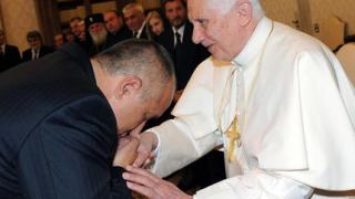 Телевизията на Ватикана направи Борисов македонски премиер