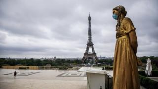 Франция загърбва социалната дистанция в яслите и предучилищните занимални