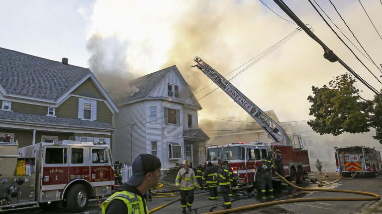Един загинал и 12 ранени след серия експлозии и пожари в Масачузетс