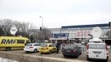 Премиерът на Полша остава в болница още няколко дни