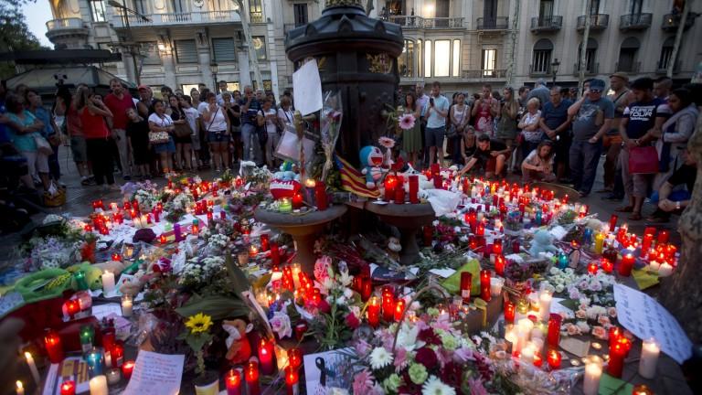 7-годишният Джулиан е сред жертвите на терора в Барселона