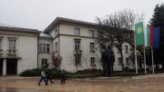 Двамата стрелци от Враца са освободени от ареста