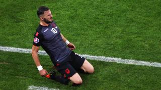 Албанска звезда става българин