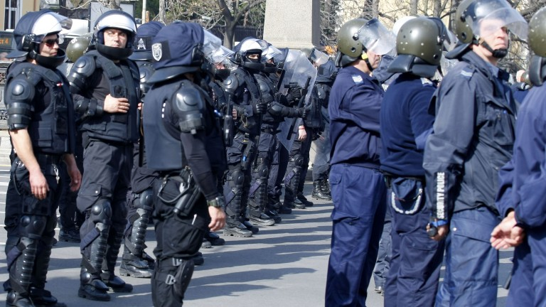 Сериозно полицейско присъствие може да се отчете преди реванша за