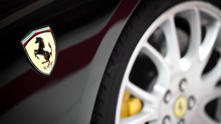 Защо електрическото Ferrari остава мираж