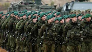 Литва връща задължителната казарма