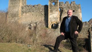 Овчаров иска разкопки в румънски град в търсене на български следи