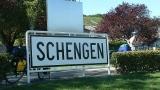 Гърция бясна на Германия, че спря действието на Шенген за гърци