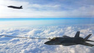 Великобритания получи първите четири F-35B