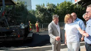 Фандъкова готова да брои построените детски градини с Манолова
