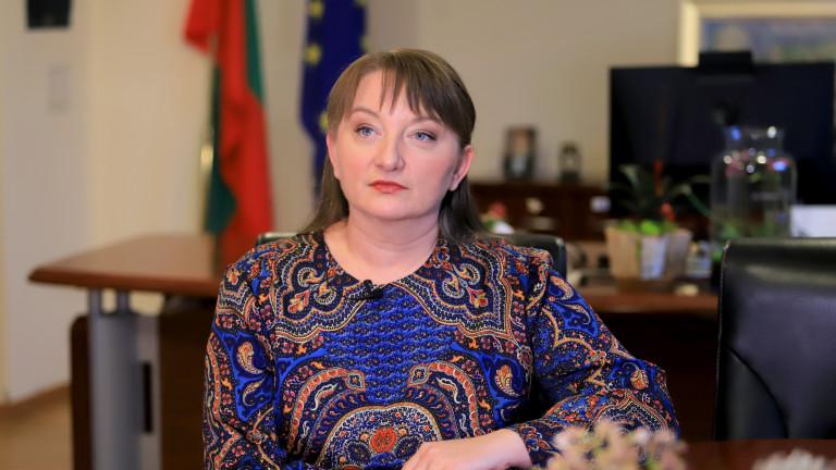 Деница Сачева: 5 млрд.лв. е глътнала кризата с коронавируса досега