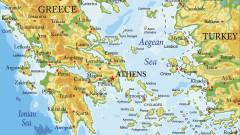 Турска подводница навлязла в териториалните води на Гърция