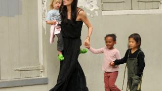 Децата на Брад Пит и Анджелина Джоли подлудяват хотел