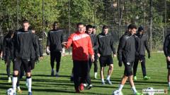 Двама основни футболисти на Локомотив (Пд) се завръщат срещу ЦСКА