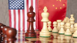 Сблъсъкът САЩ-Китай заплашва да се превърне в икономическа Студена война