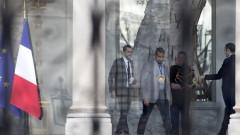 """Внесоха вот на недоверие срещу кабинета на Макрон заради """"случая Бенала"""""""